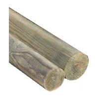 Postes de madera impregnada